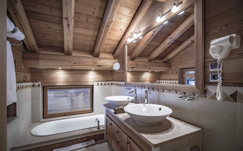 Cristal A - salle d'eau - baignoire