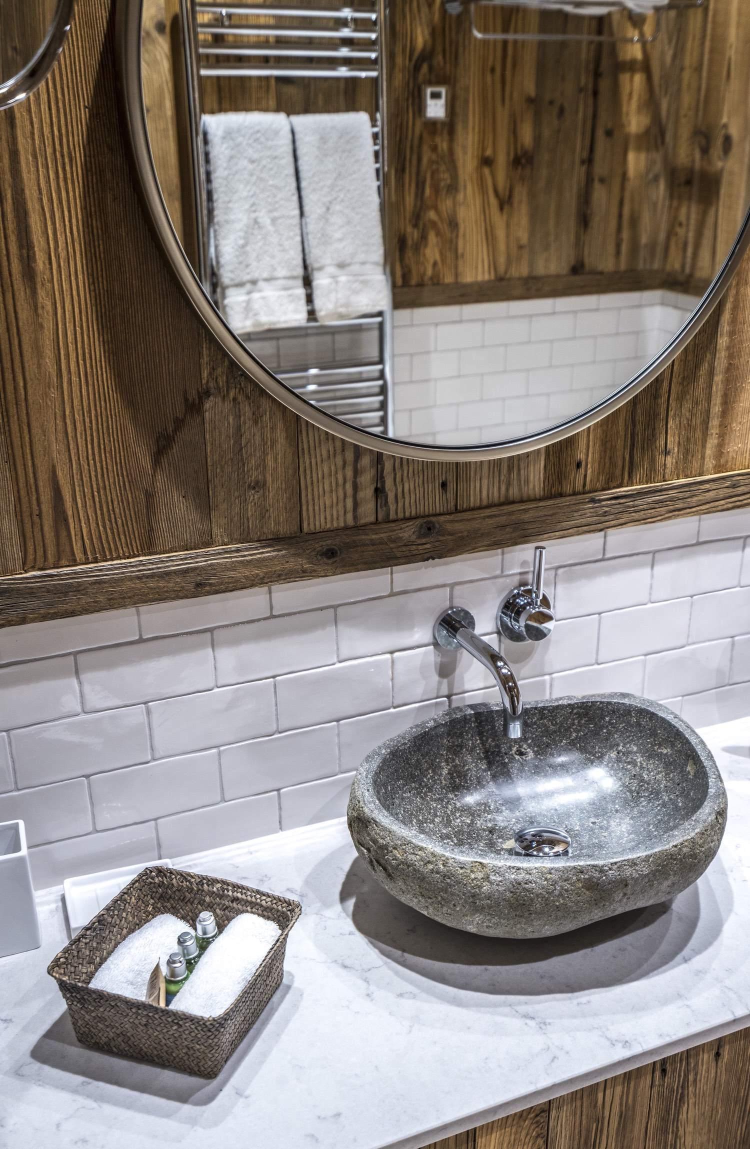 Cristal B - salle d'eau - vasque