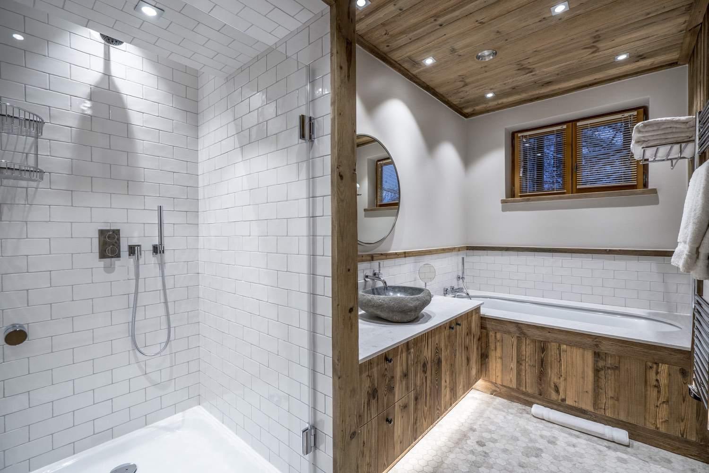 Cristal B - salle de bain - douche et baignoire